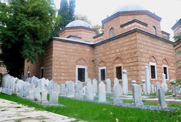 2. Murad türbesi